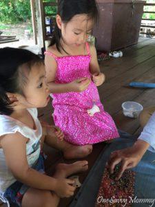 Langkawi Malaysia Tanjung Rhu Resort Kids Beading